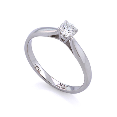 Золотое кольцо с бриллиантами 2.32 г SLV-K267