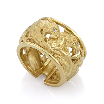 Золотое кольцо с бриллиантами 12.15 г SLV-K426