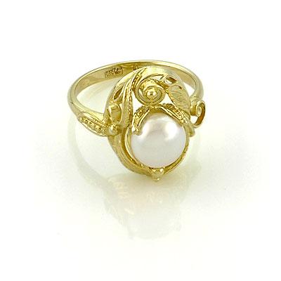 Кольцо желтое золото и белый жемчуг 5.67 г SL-0245-567